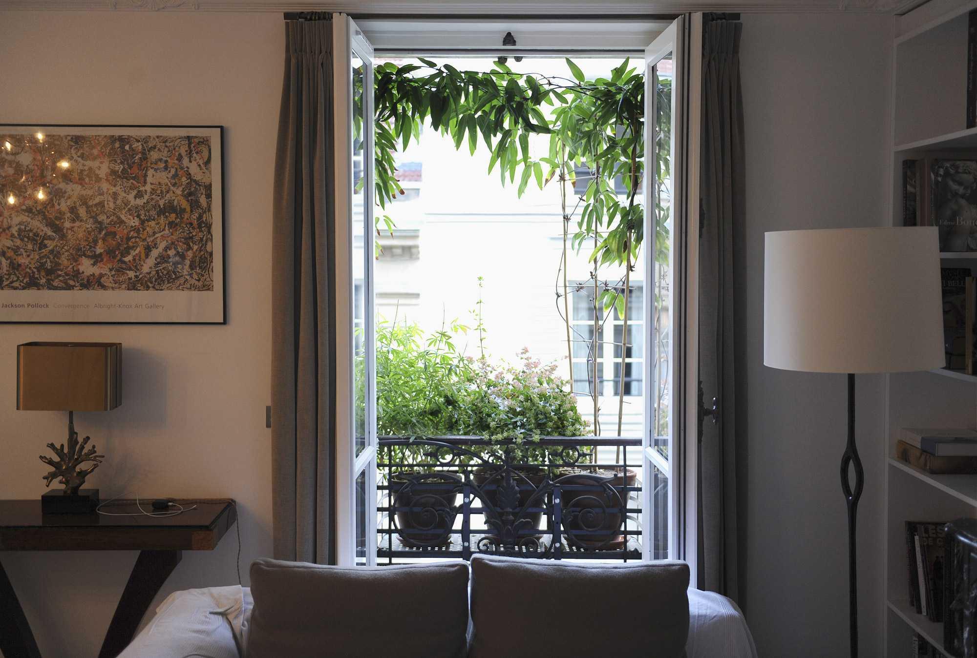 choron 002 le vert soi. Black Bedroom Furniture Sets. Home Design Ideas